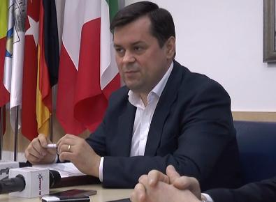 S-au semnat proiecte importante pentru dezvoltarea orasului j